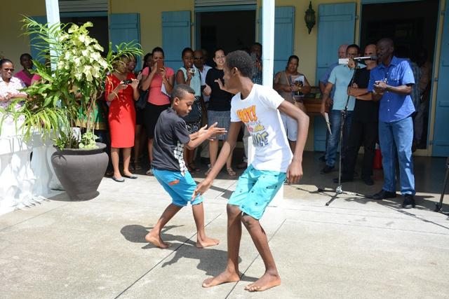 Les Seychelles cherchent à mettre la danse 'Tinge' qui est en voie de disparition sur la liste de l'UNESCO