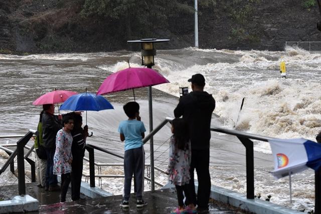 East Australian coast lashed by freak storm