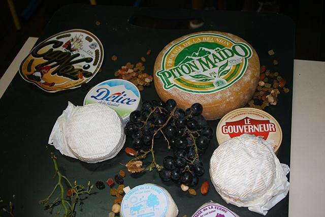 L'Alliance Française des Seychelles met à l'honneur des fromages de la Réunion.