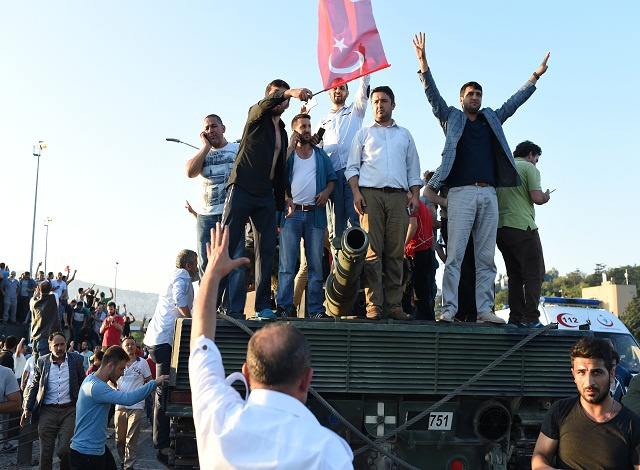 Anger, protests and bloodshed in coup-hit Istanbul