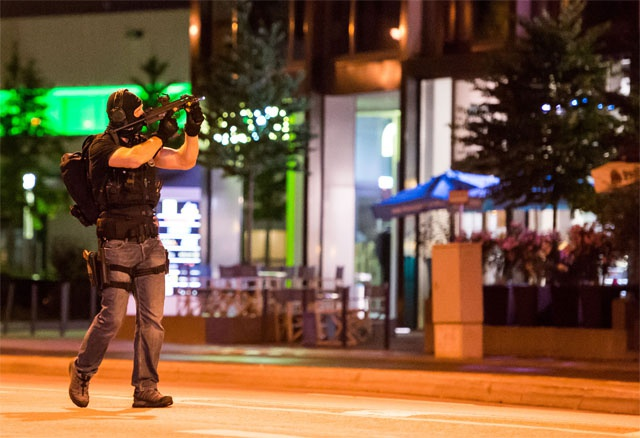 'Lone' Munich shooter kills nine in mall rampage
