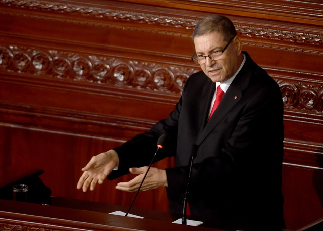 Tunisian PM Habib Essid loses confidence vote