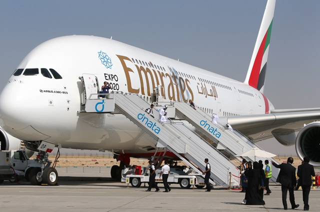 Emirates plane in accident on landing in Dubai