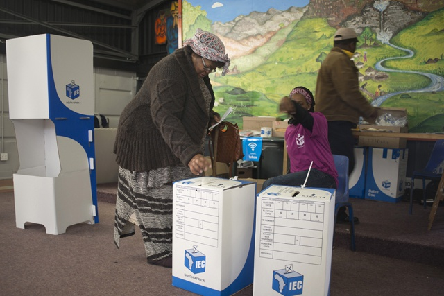 Early S.Africa poll results show ANC losing support
