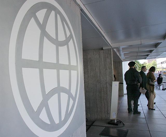 Amid criticism, World Bank adopts new social, environmental framework