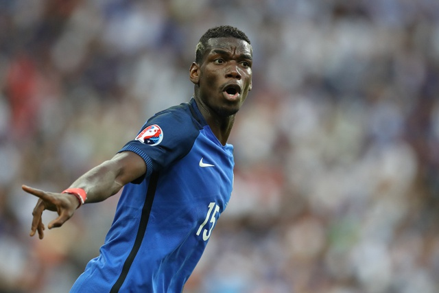 Football: Pogba completes world record Man Utd return