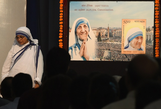 Pope declares Mother Teresa a saint