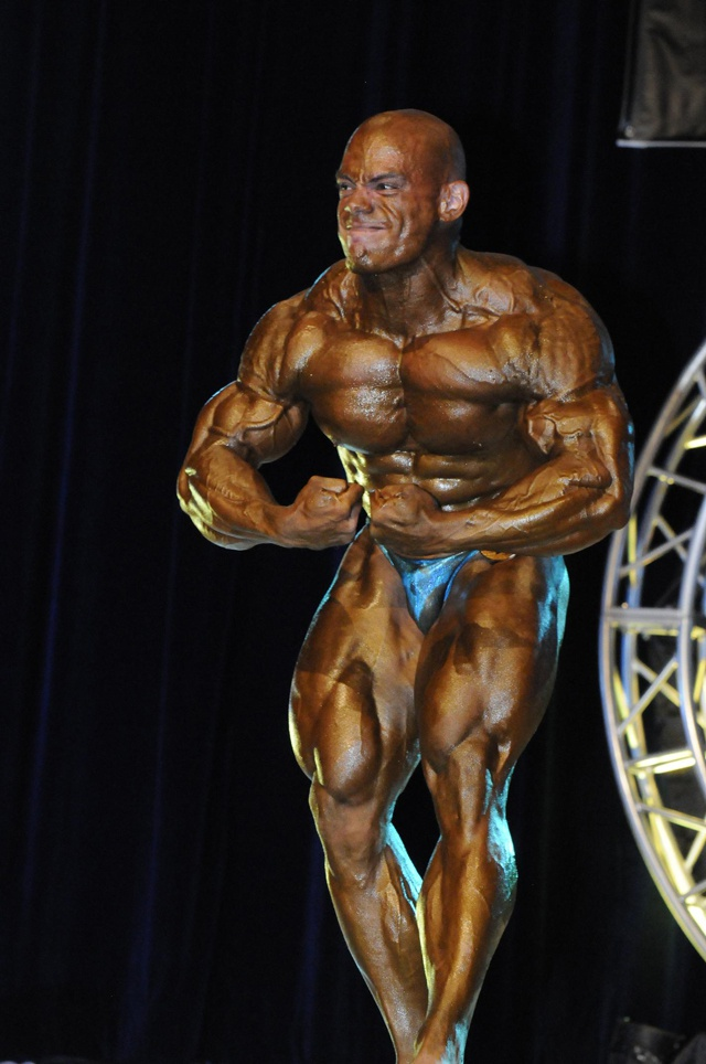 Ziad Mekdachi retains Mr. Seychelles bodybuilding title