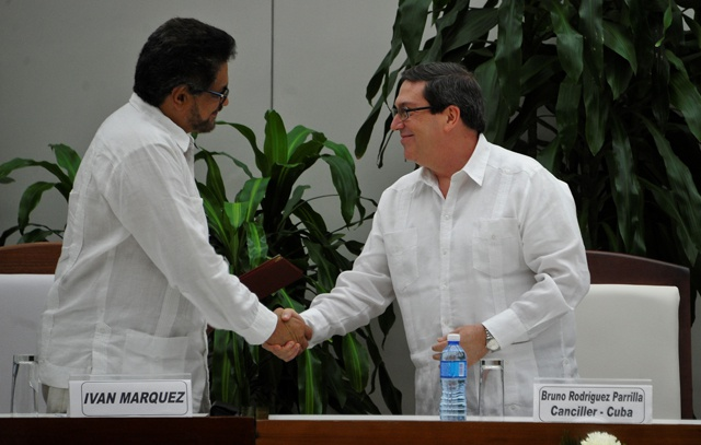 FARC, Colombian govt strike new peace deal after referendum rejection