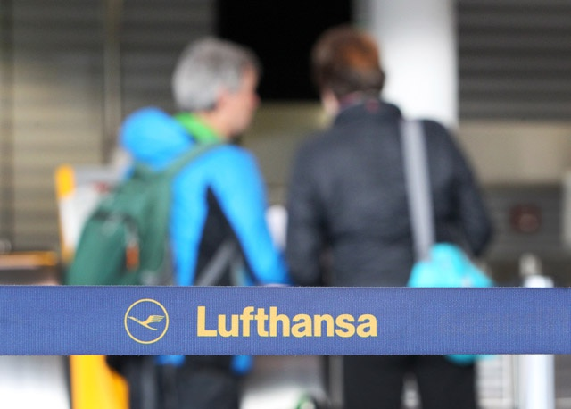 Hundreds of flights cancelled in 3rd day of Lufthansa strike