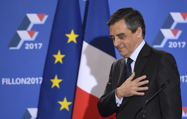 Conservative Fillon wins French presidential primary