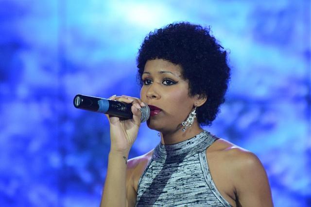 Angie Anerphy,  élue meilleure artiste des Seychelles par Les Voix de l'Océan Indien