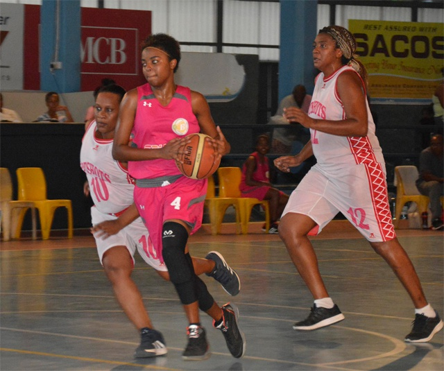 Seychellois basketballer plays for French club in departmental league competition