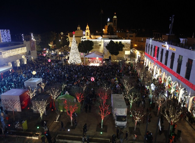 Crowds gather in Bethlehem ahead of Christmas mass