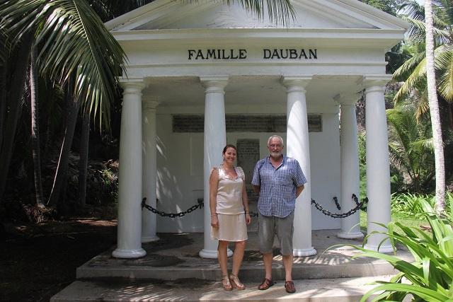 Une française retrouve les traces de ses ancêtres à l'île Silhouette aux Seychelles