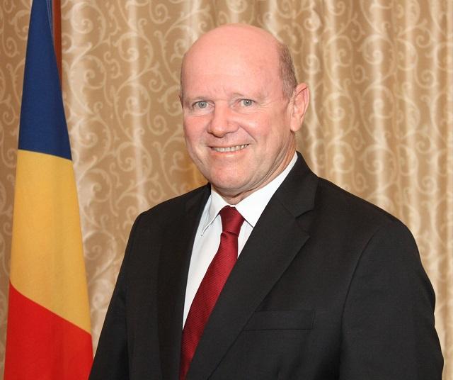 Le ministre du Tourisme des Seychelles Alain St Ange démission pour postuler au poste de secrétaire général de l'OMT.