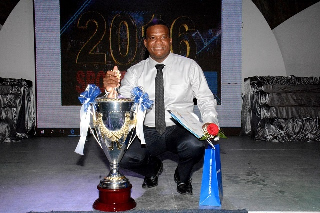 Julie makes history, wins Sportsmen of the Year 7 times; Laird clinches first title