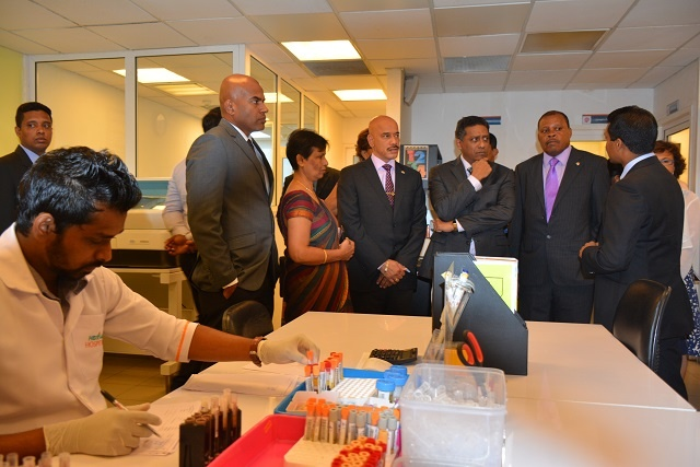 Seychelles' President visits two leading hospitals in Sri Lanka, discusses collaboration