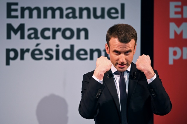 New poll shows France's Macron leading in first round