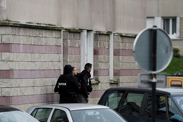 Paris/Orly: l'assaillant était sous l'emprise de l'alcool et de stupéfiant