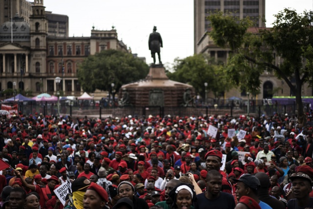 Protests urge S.Africa president to quit