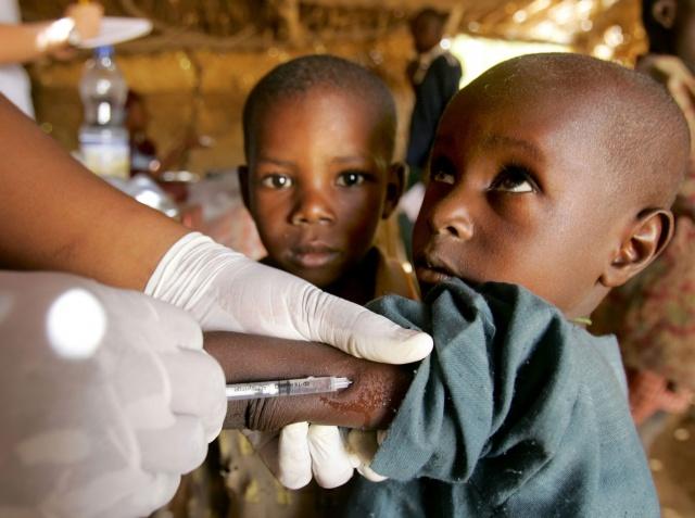 Suspected meningitis epidemic kills 745 in Nigeria