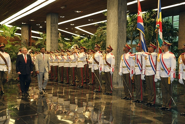Seychelles' leader meets with President of Cuba