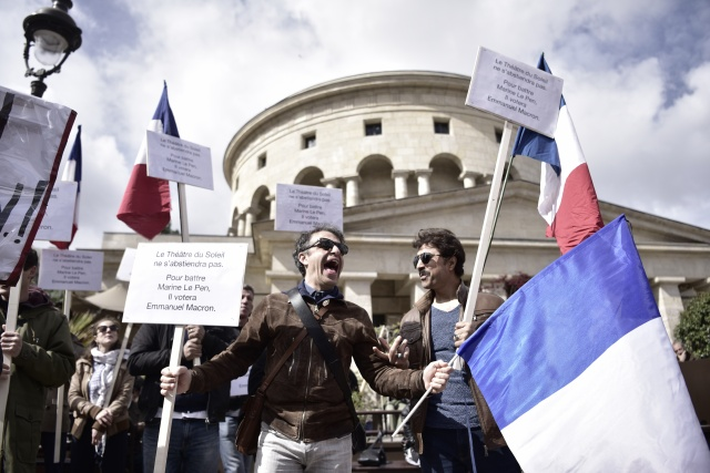 Violence scars France's pre-election May Day marches