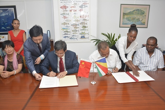China donates solar lighting to 41 schools in Seychelles
