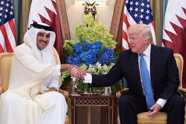 Gulf states, Egypt cut ties with Qatar