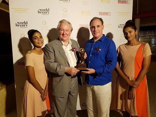 Air Seychelles remporte le titre de « Meilleure compagnie aérienne de l'Océan Indien » aux World Travel Awards.