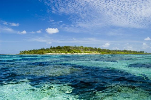 L'effort héroïque d'un seychellois, sauve 2 américaines en péril en mer.