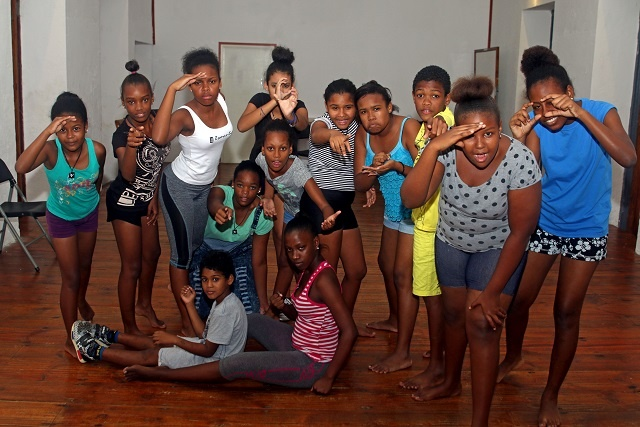 Drama students in Seychelles have more opportunity to study in UK
