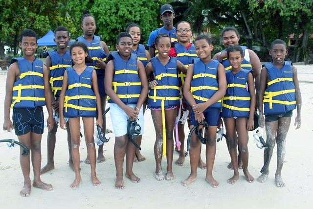 With an underwater view, young Seychellois snorkellers learn about marine conservation
