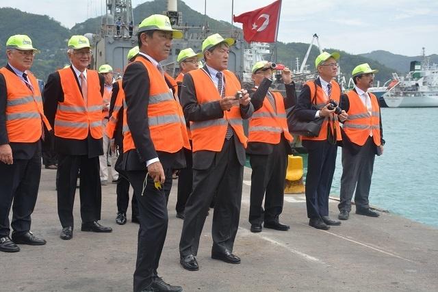 Une délégation japonaise aux Seychelles pour étudier le succès de Port Victoria.