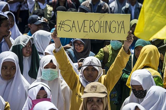 Birmanie: Suu Kyi annule un déplacement à l'ONU en pleine crise des Rohingyas