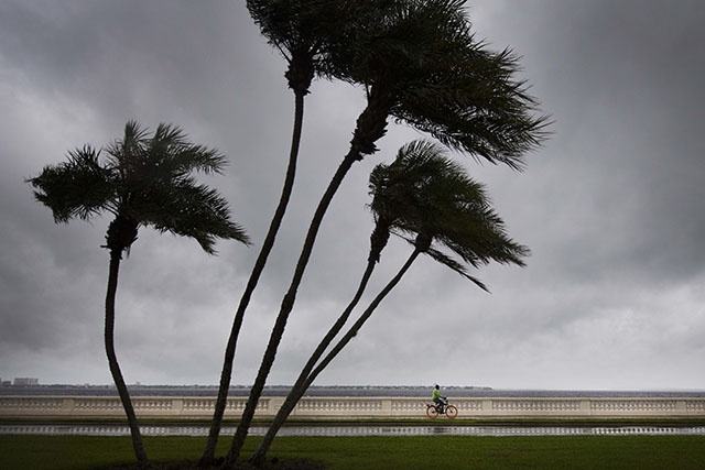 L'ouragan Maria se renforce en catégorie 2