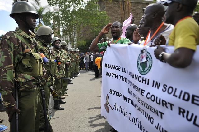 Kenya pushes back new election to October 26