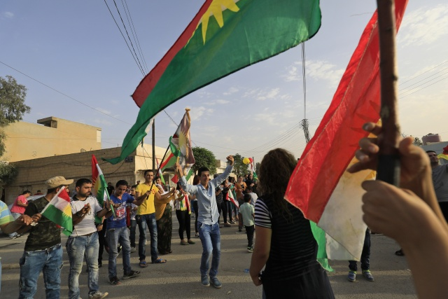 Tensions rise as Iraq Kurds defy Baghdad in independence vote