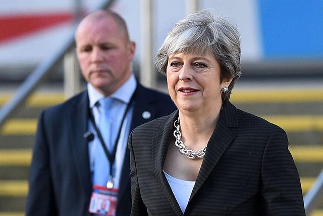 """Brexit: """"pas de progrès suffisants"""" pour passer à la 2e phase des négociations"""