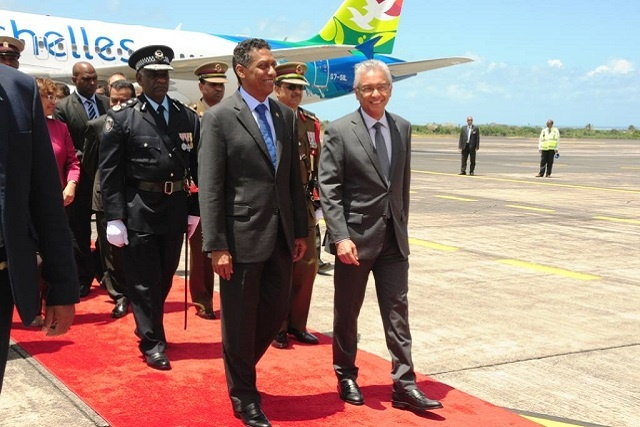 Leaders of Seychelles, Mauritius affirm strong ties between neighbouring island states