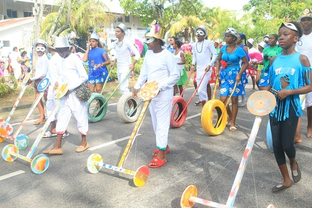 Colourful procession fills Seychelles' capital during grand event of Creole festival