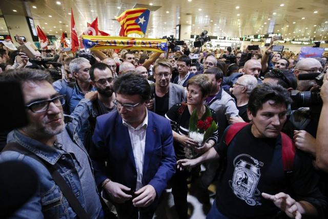 Deposed Catalan leader urges separatist 'unity' for vote