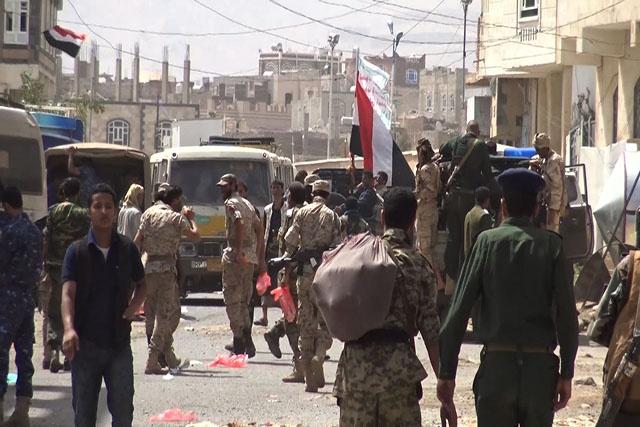 """Yémen: l'ex-président Saleh se tourne vers Ryad, les Houthis """"trahis"""""""