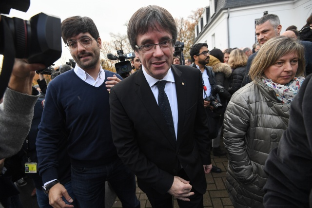 Catalan leader Puigdemont faces Belgian extradition hearing