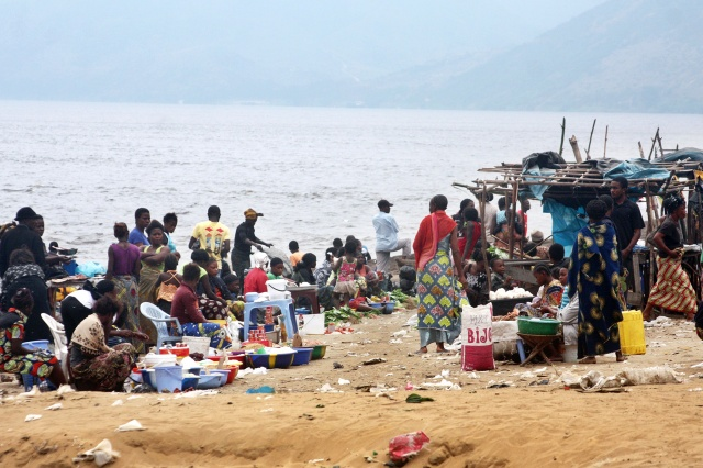 DR Congo mourns flood victims as cholera fears mount