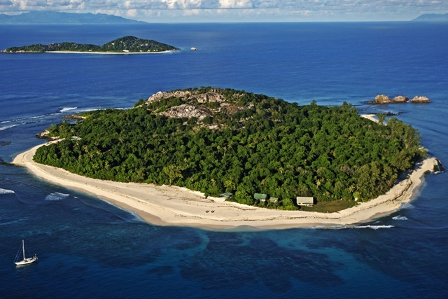 Seychelles' Cousin Island celebrates 50th anniversary success: bringing warbler back from extinction
