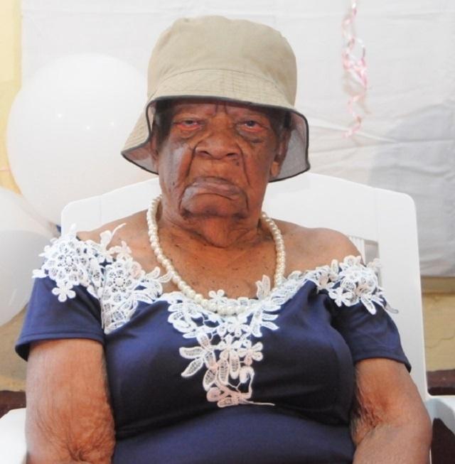 La plus âgée des grands-mères des Seychelles fête ses 109 ans