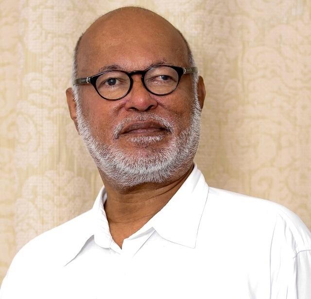 La démission soudaine du président de l'Assemblée nationale des Seychelles apporte des éloges, mais aussi des questions