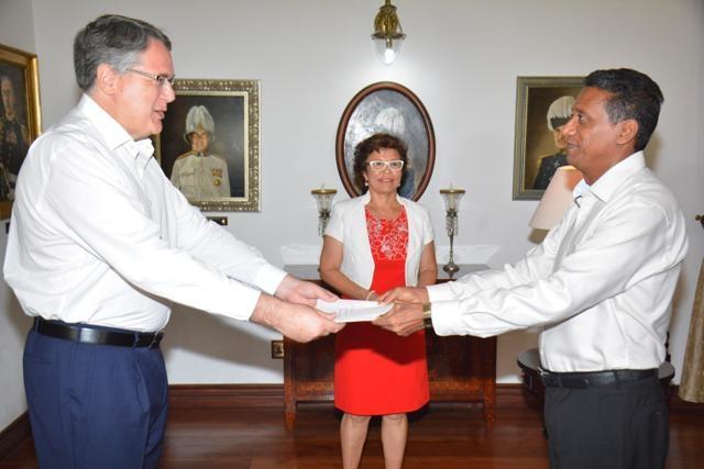 New US ambassador to Seychelles stresses importance of maritime safety, good governance
